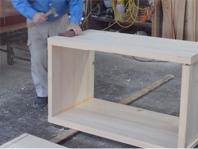 組立 ホゾの堅さを確認しながら慎重に組み立てます