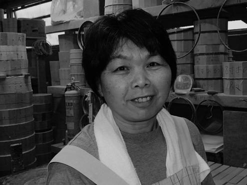 Yaeko Sakamoto 寿司桶 丸め担当