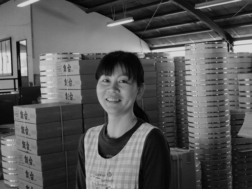 Chieko Shimizu 検品、荷作り、事務担当