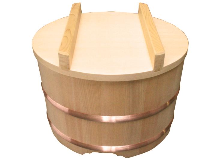木曽産の椹(さわら)でできたおひつです。業務用 4升。約27人~53人分