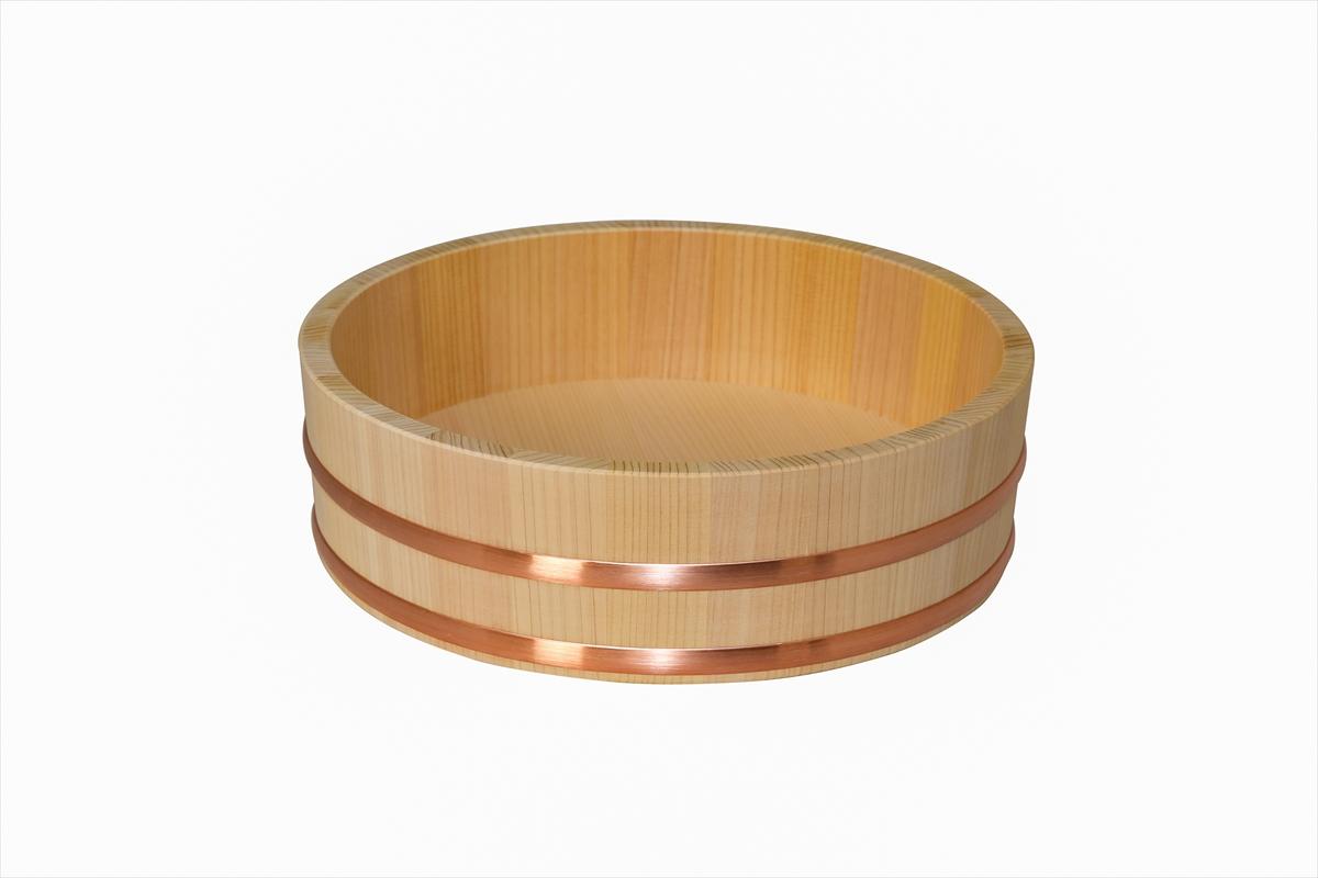 耐久性のある、椹(さわら)の寿司桶です。4人用です。