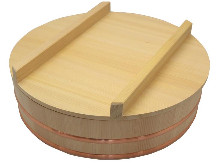 耐久性のある、椹(さわら)の寿司桶と蓋のセット(尺三サイズ)です。約13人用です。
