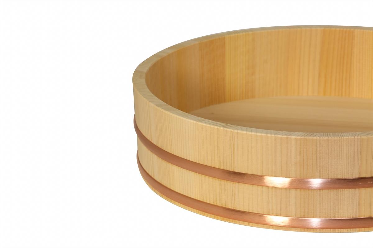 耐久性のある、椹(さわら)の寿司桶です。約13人用です。