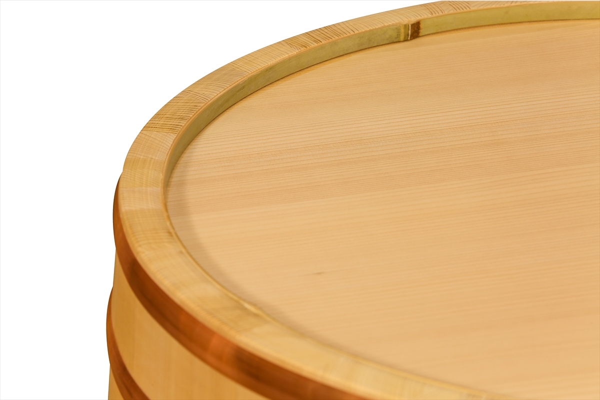 耐久性のある、椹(さわら)の業務用寿司桶です。