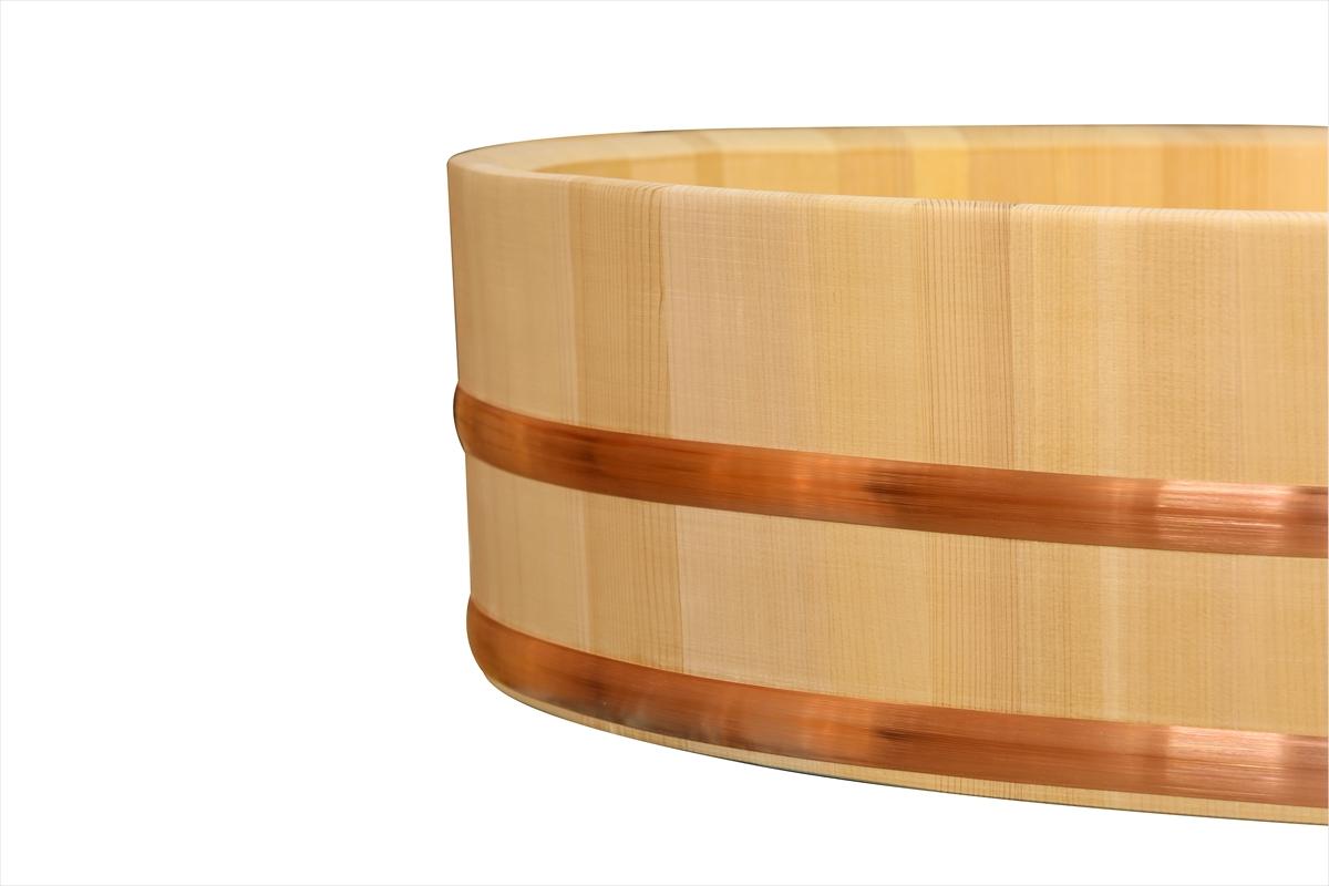 耐久性のある、椹(さわら)の業務用寿司桶です。約93人用です。