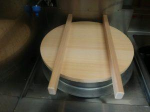 蕎麦釜の蓋