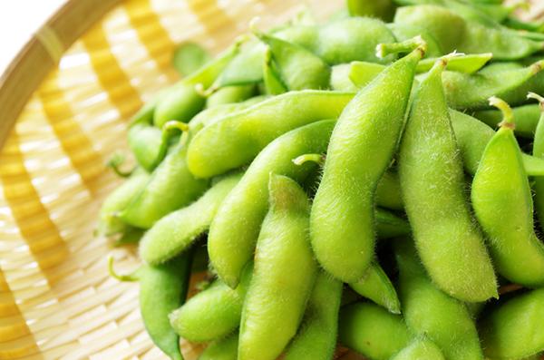 枝豆とひじき、玉ねぎの混ぜごはん